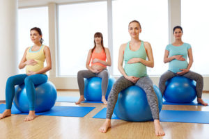 Best Yoga Ball For Pregnancy Reviewed and Rated